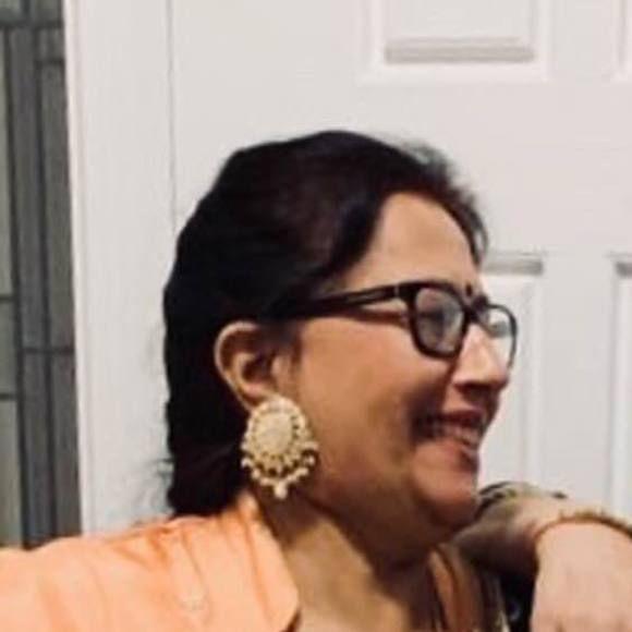 Meet your Posher, Amarjeet Hi! I'm Amarjeet. Some of my favorite brands are Coac…