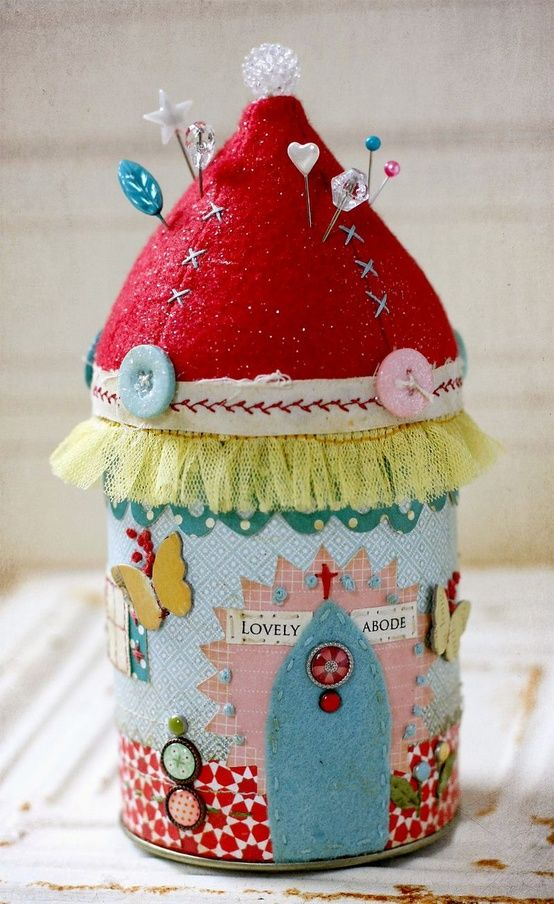 What a cute little green pin cushion from a can by LInda Albrecht for Glue Arts and Studio Calico!