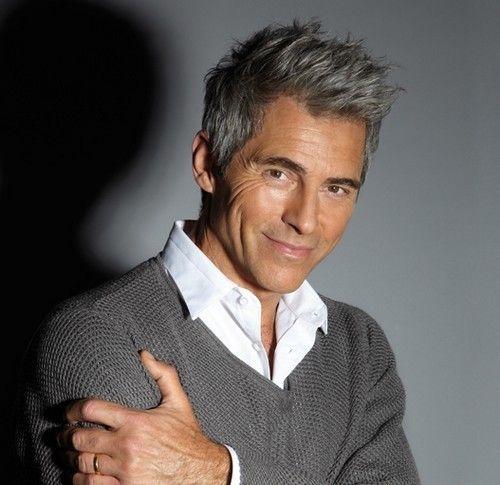 Cheveux gris homme 30 ans