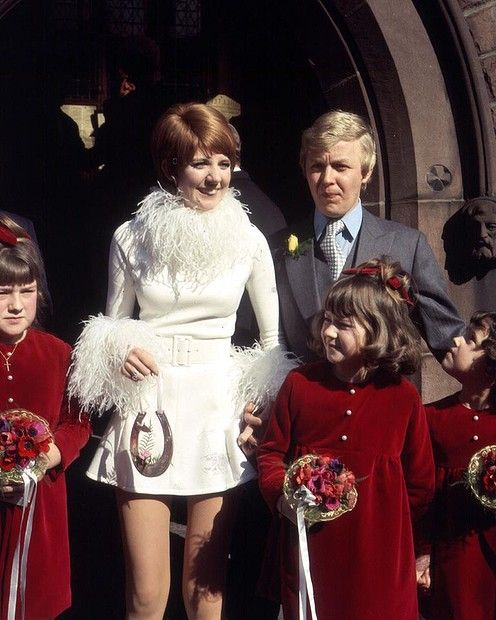 Singer Cilla Black Married Her Manager, Bobby Willis, On