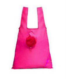 Rintasyöpäkampanjan pinkki ostoskassi | Breast cancer campaign pink shopping bag  Kaikki rintasyöpäkampanjan tuotteiden tuotot menevät lyhentämättöminä Syöpäjärjestölle