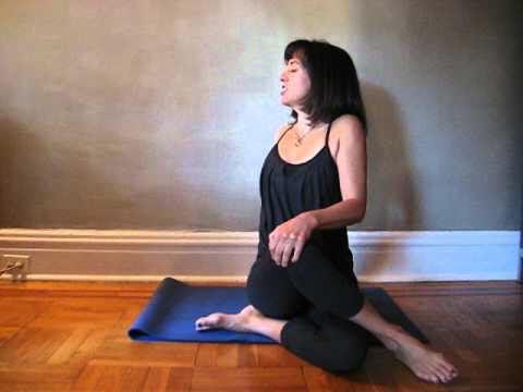 morning yoga 5 minute workout to show your gratitude for