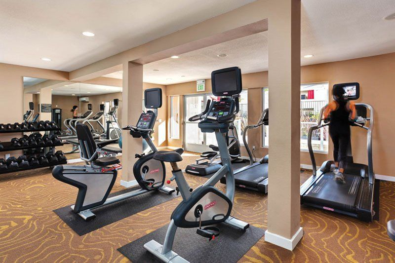 Fitness center Apartments for rent, Redwood city, Resort
