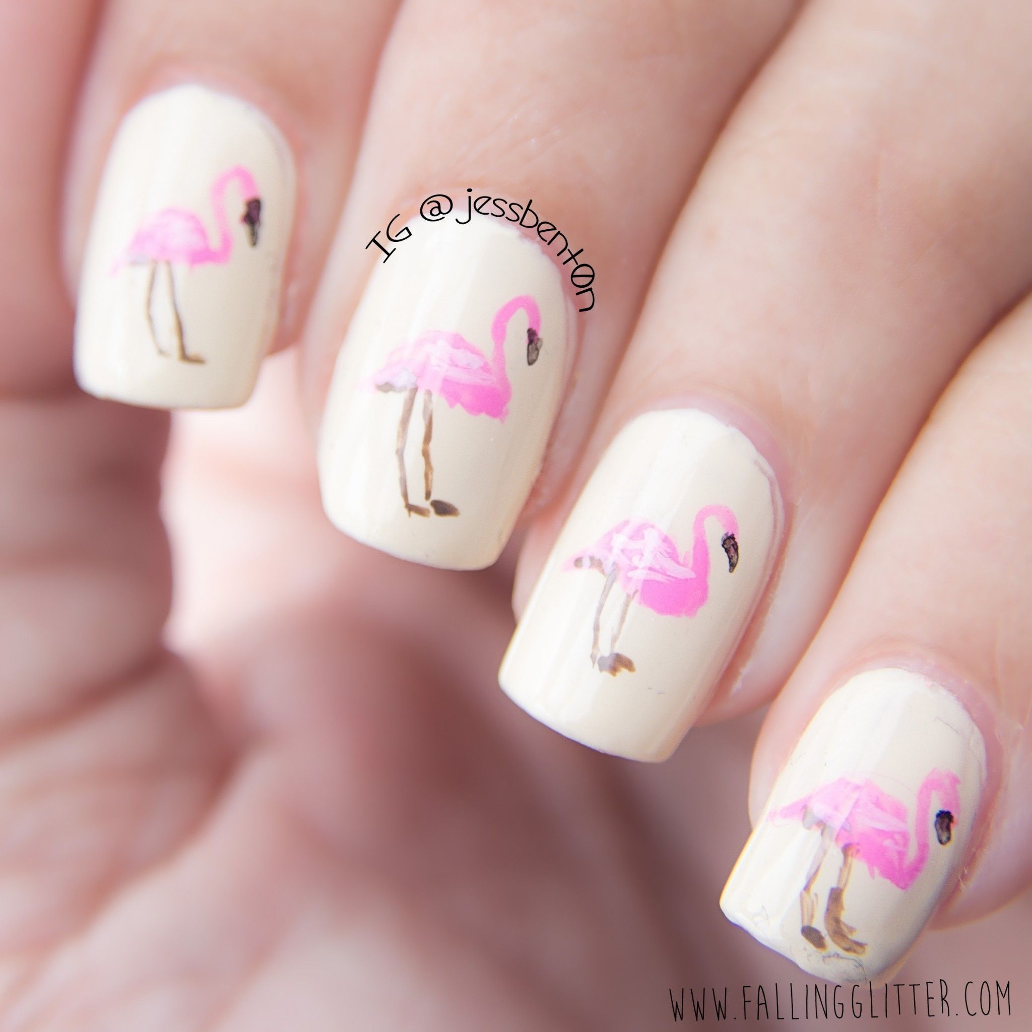 Don\'t get me wrong, I love nail art but when it comes to painting ...
