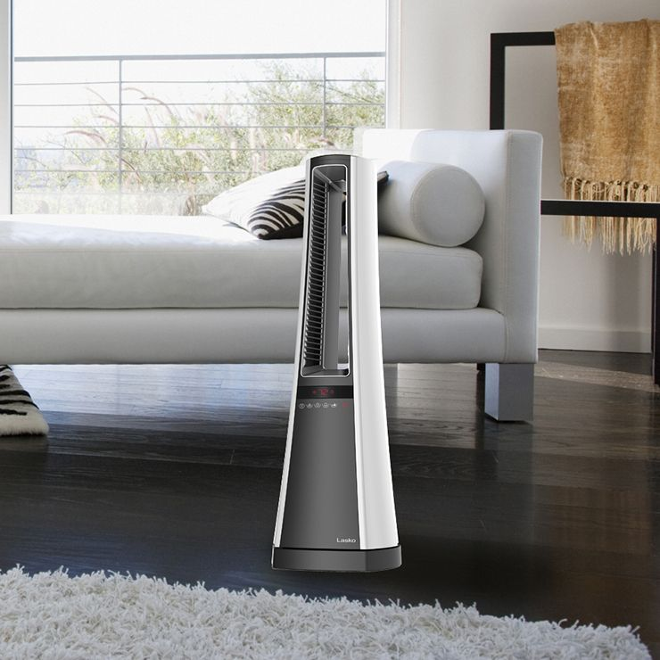 The Consumer Queen Includes The Lasko Bladeless Ceramic Heater On Her 2017 Holiday Gift Guide It S Not Too Late Home Comforts Holiday Gift Guide Holiday Gifts