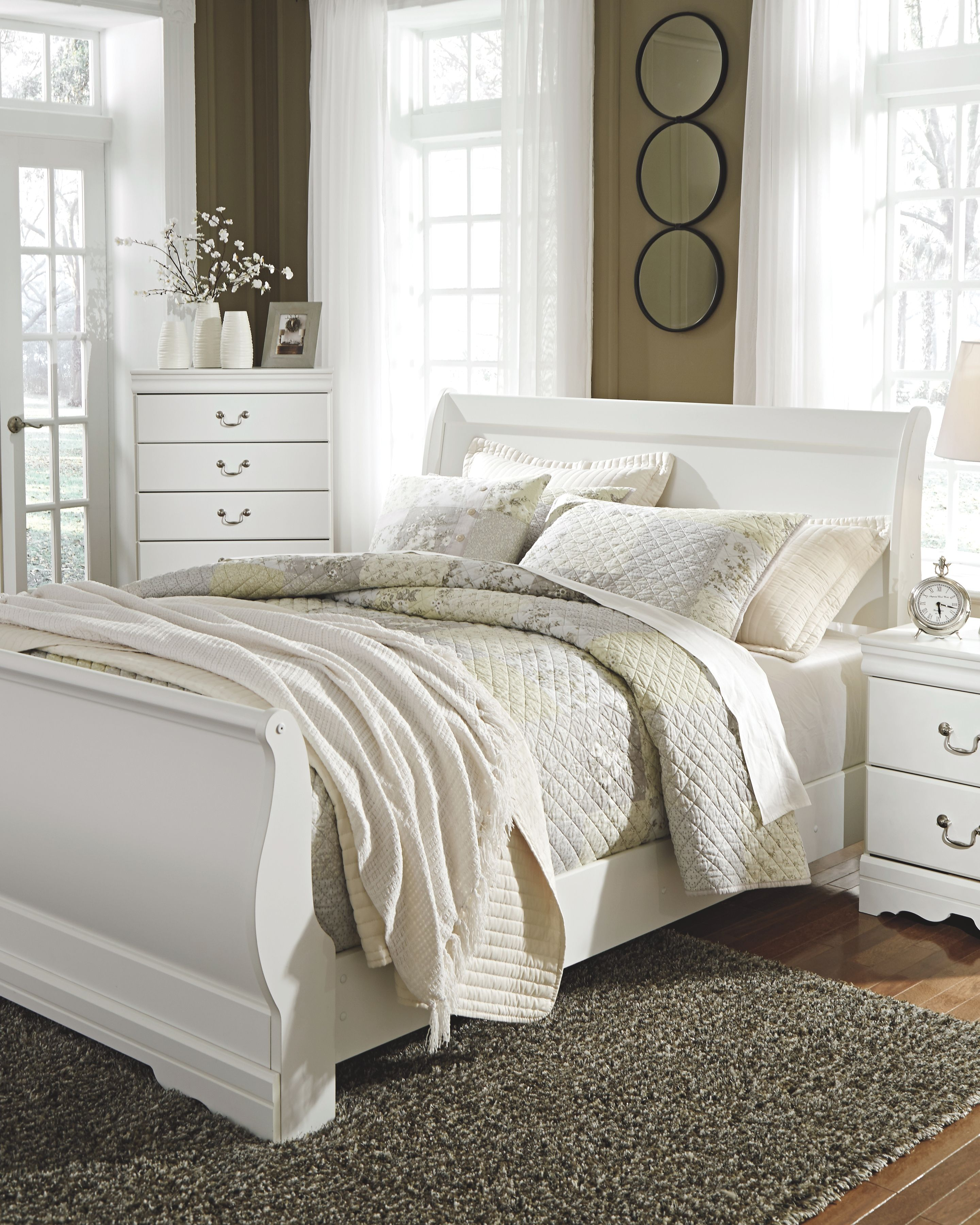 Anarasia Queen Sleigh Headboard, White Panel bed