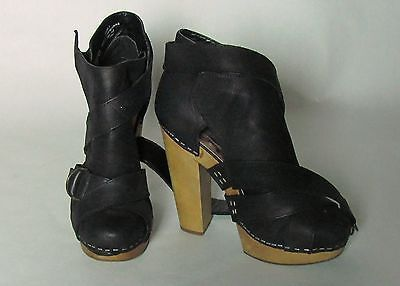 On eBay! Support US Troops & Veterans! STEVEN by Steve Madden Women's SZ5  Clog Sandal Black Leather man Made Sole