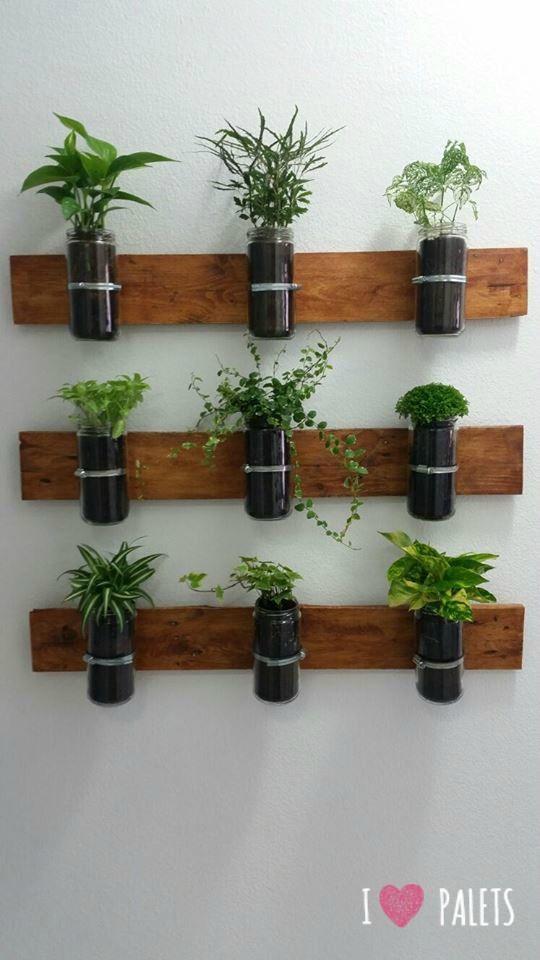 Un huerto de palets para plantas arom ticas para el for Plantas aromaticas interior