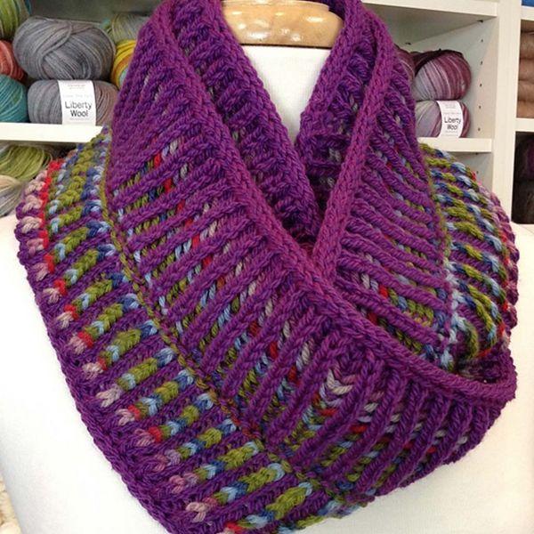 Two Color Brioche Cowl   Brioche knitting patterns, Cowl ...