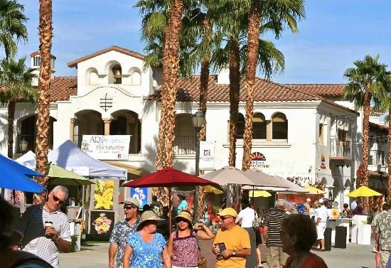 Art Under The Umbrellas Is Held In Old Town La Quinta California On Select Saturdays From October Los Angeles Shopping Palm Springs Los Angeles Shopping Malls
