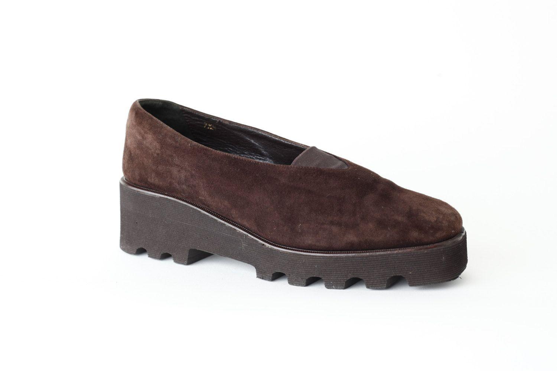 Vintage 90s Brown Suede Platform Loafer Shoe / Donald J Pliner / Avant Garde / Minimalist / 7.5 by Menstruum on Etsy