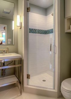 1000+ ideas about Small Shower Stalls on Pinterest | Small Showers ...