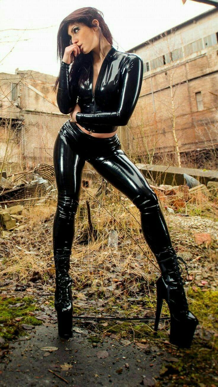 Yogalicious lux camo high waisted side pocket leggings. Pin on Latex Shine