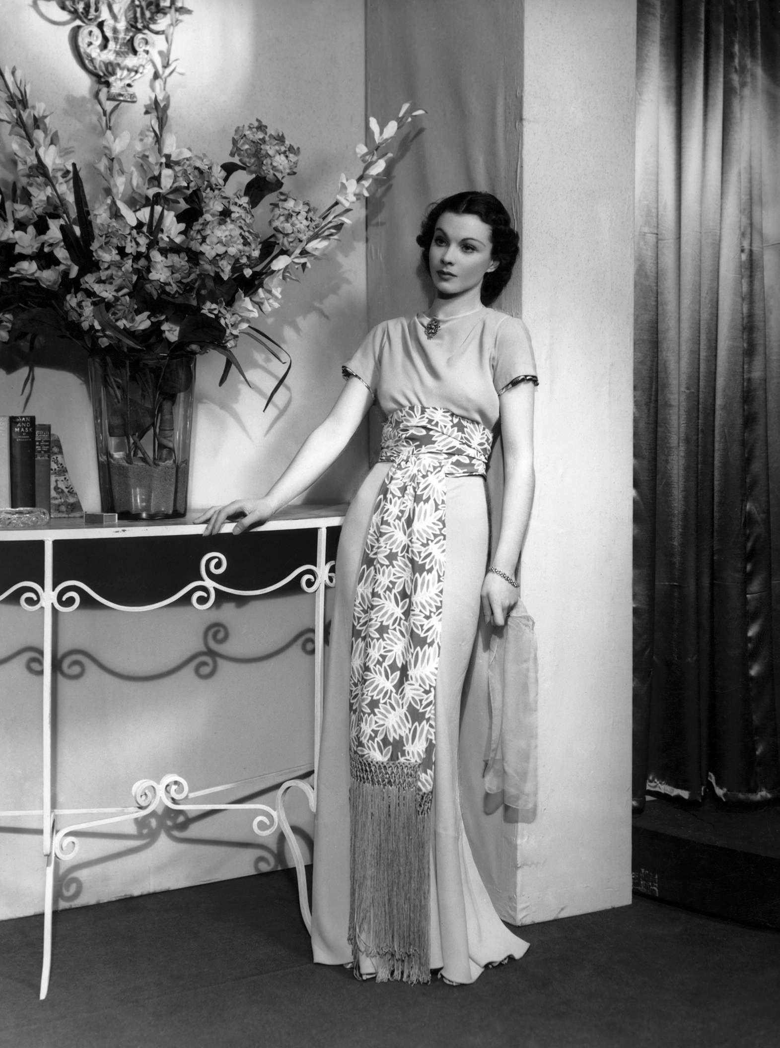 Vivien Leigh sash dress