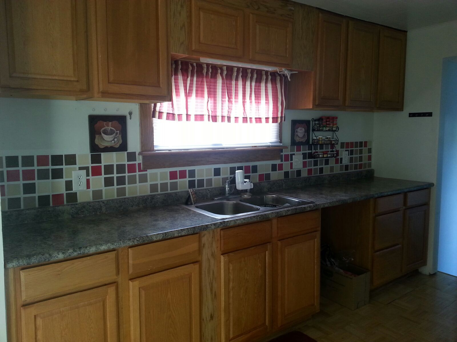 renter 39 s temporary backsplash clear contact paper and free paint chip
