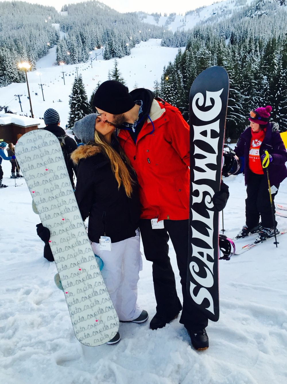 Couple Snowboarding Skiing Outfit Snowboarding Pictures Snowboard Girl