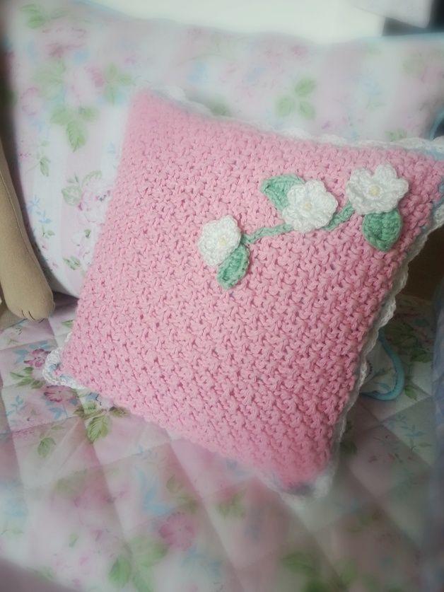Kissenbezüge - ♡ Kirschblüten Häkel Kissen ♡ - ein Designerstück ...