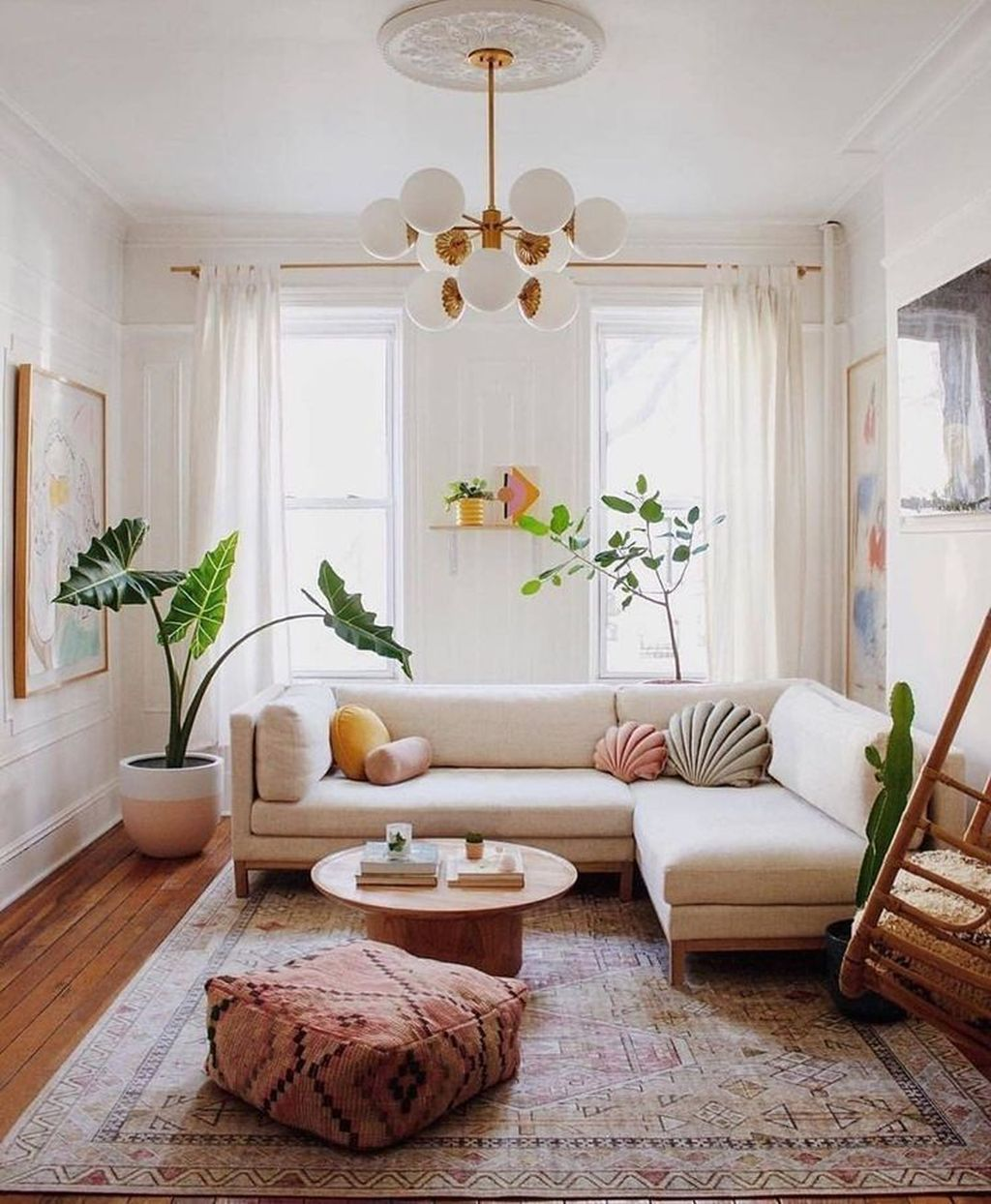33 Beautiful Contemporary Living Room Decoration Ideas Pimphomee In 2020 Bohemian Living Room Bohemian Living Room Decor Couch Decor