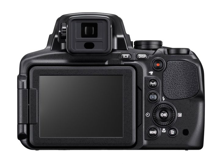 Nikon Coolpix P900 fixed lens camera offers staggering 83x optical zoom for £500 - photo 2