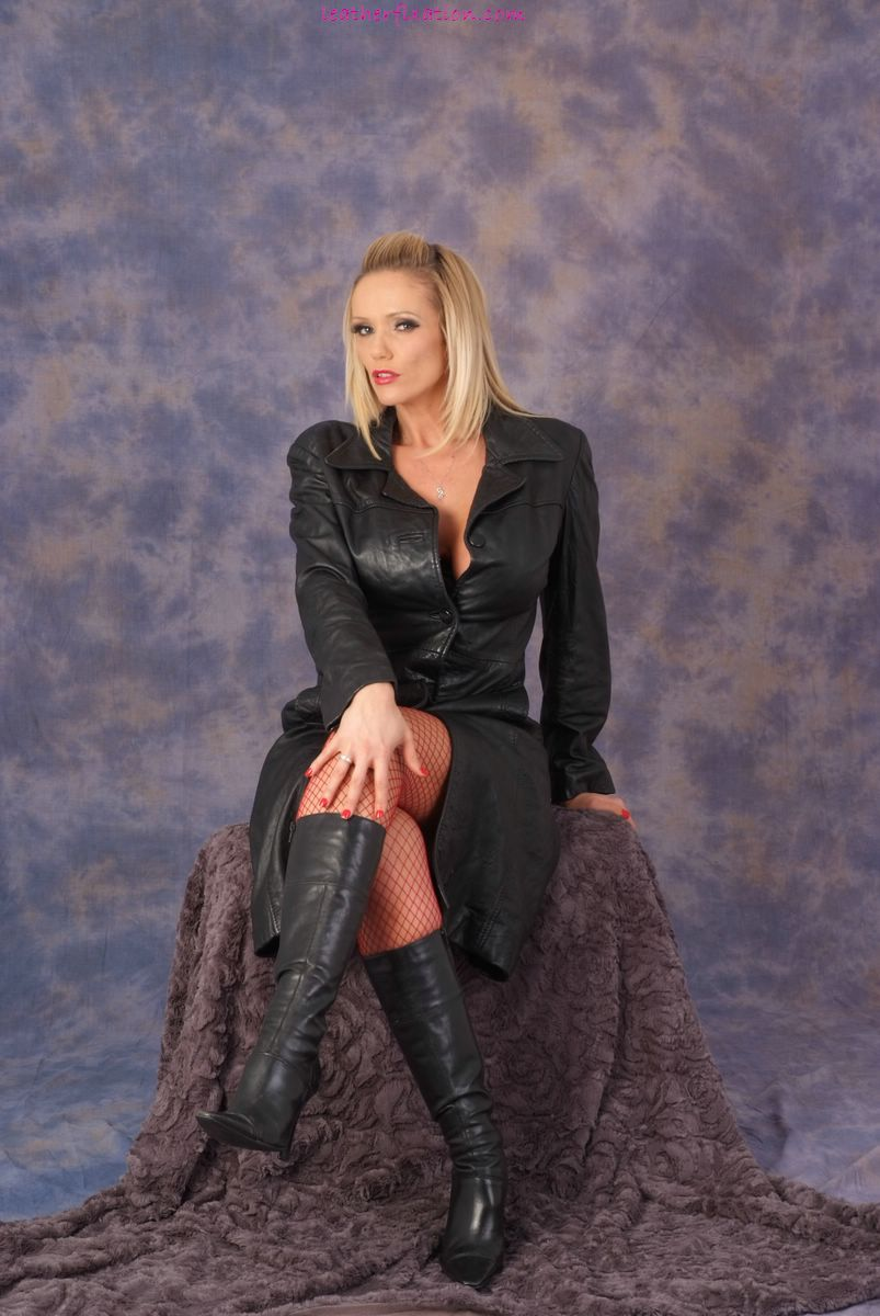 Share your Lucy zara leather boots this