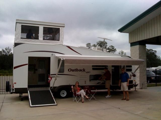Posted image vehicles pinterest camping rv and toy for Motor home toy haulers
