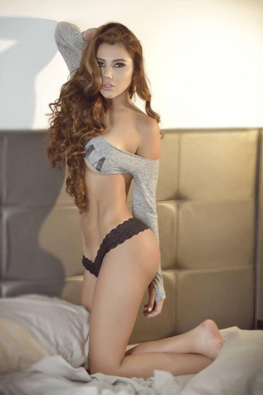 Hot and sexy females