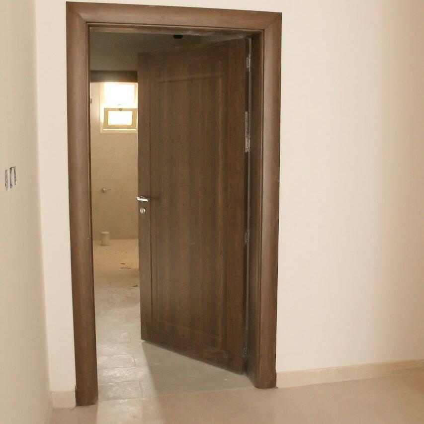 احدث موديلات واشكال ابواب شقق خشبية مودرن بالصور Wooden Front Door Design Wooden Panel Doors Wooden Door Design