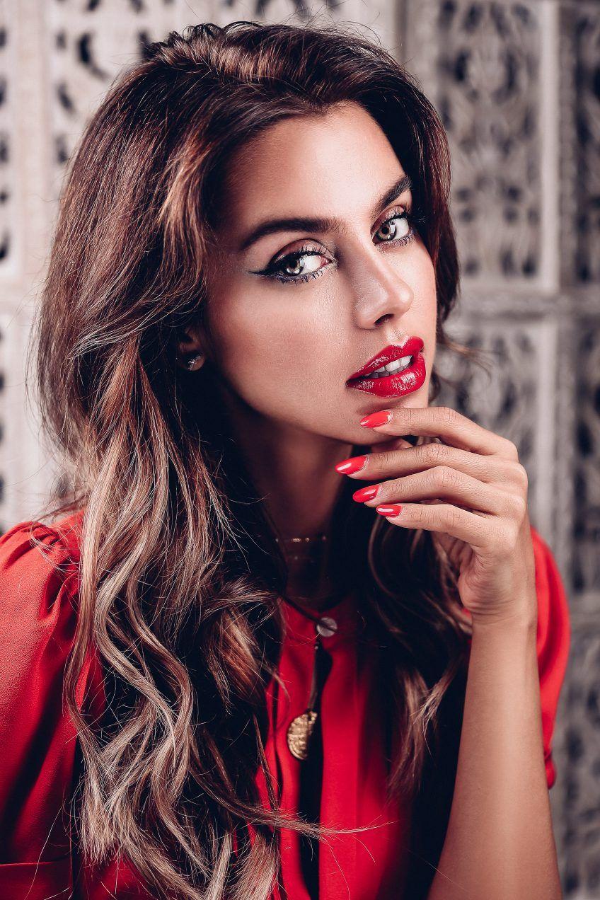 fave makeup looks :: bold lip vs bold eyes | dior beauty, bold lips