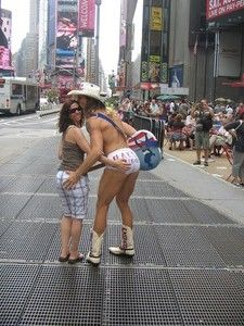Can not the naked cowboy ass have