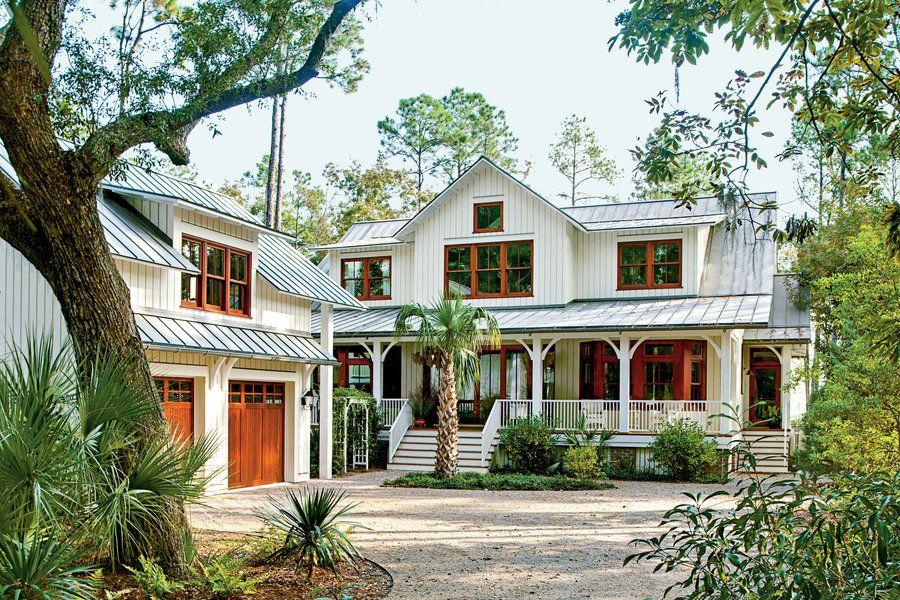 Modern Dogtrot Home | Modern farmhouse exterior, Southern ...
