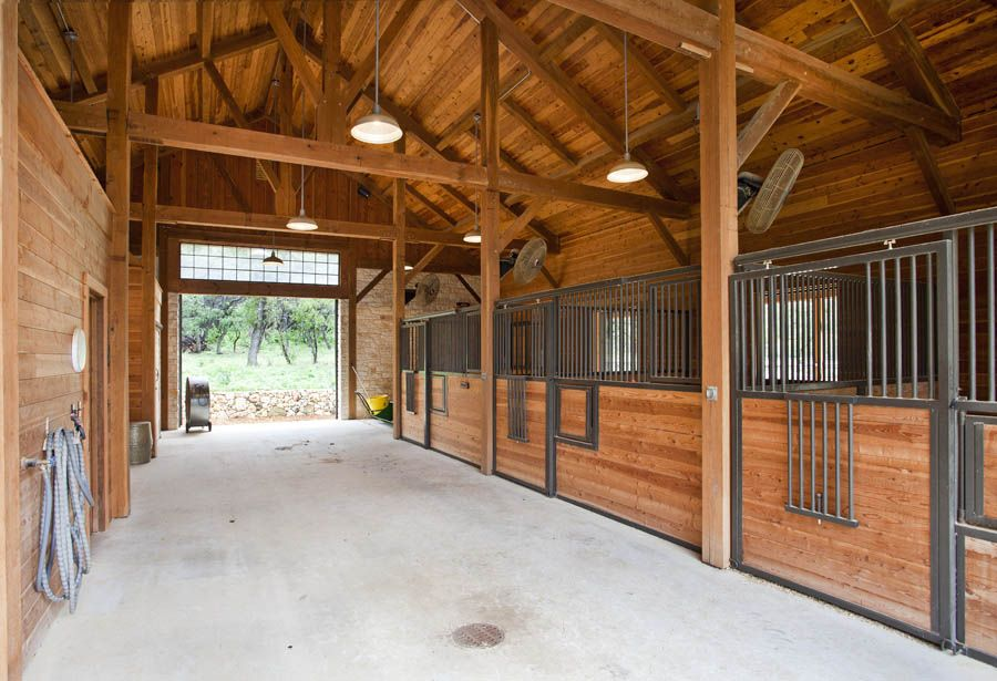 Horse Stables And Barns : Beautiful timber frame barn horse stalls