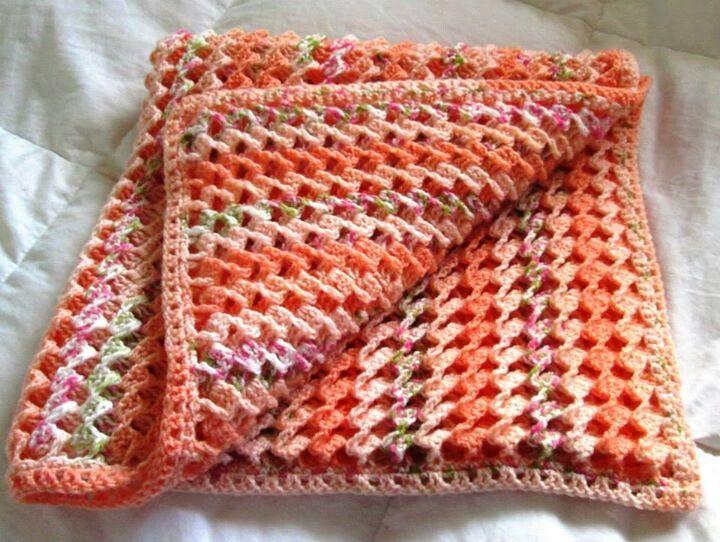 Crochet baby blanket www.facebook.com/chrisserscreations