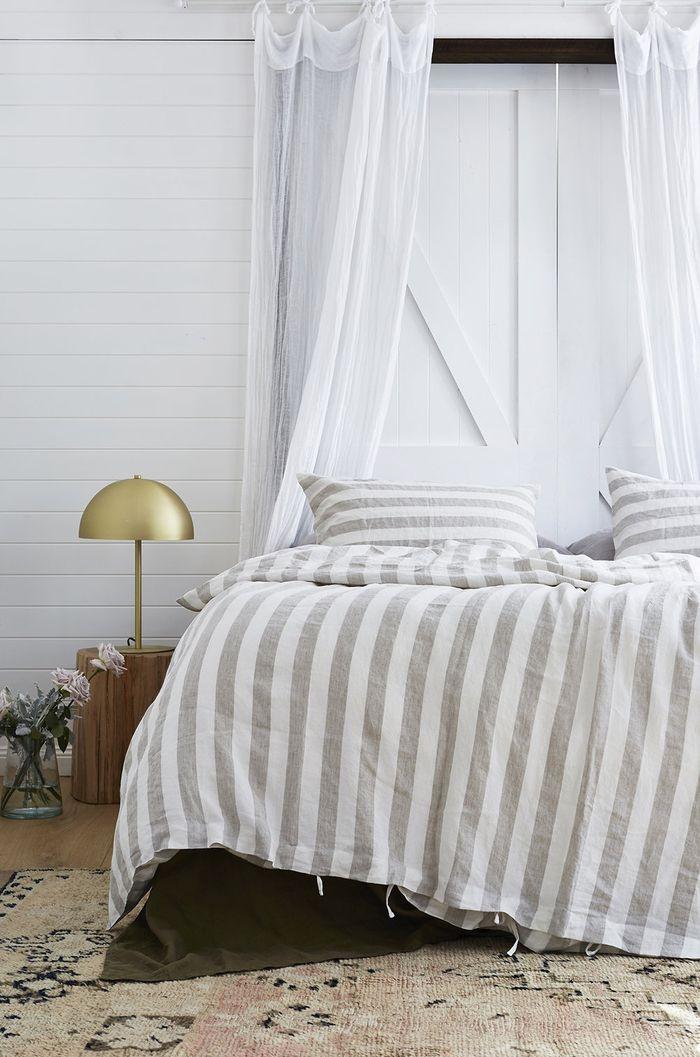 1001 id es et astuces pour d corer sa chambre coucher avec un petit budget bedrooms. Black Bedroom Furniture Sets. Home Design Ideas