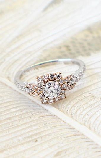 Golden halo ring