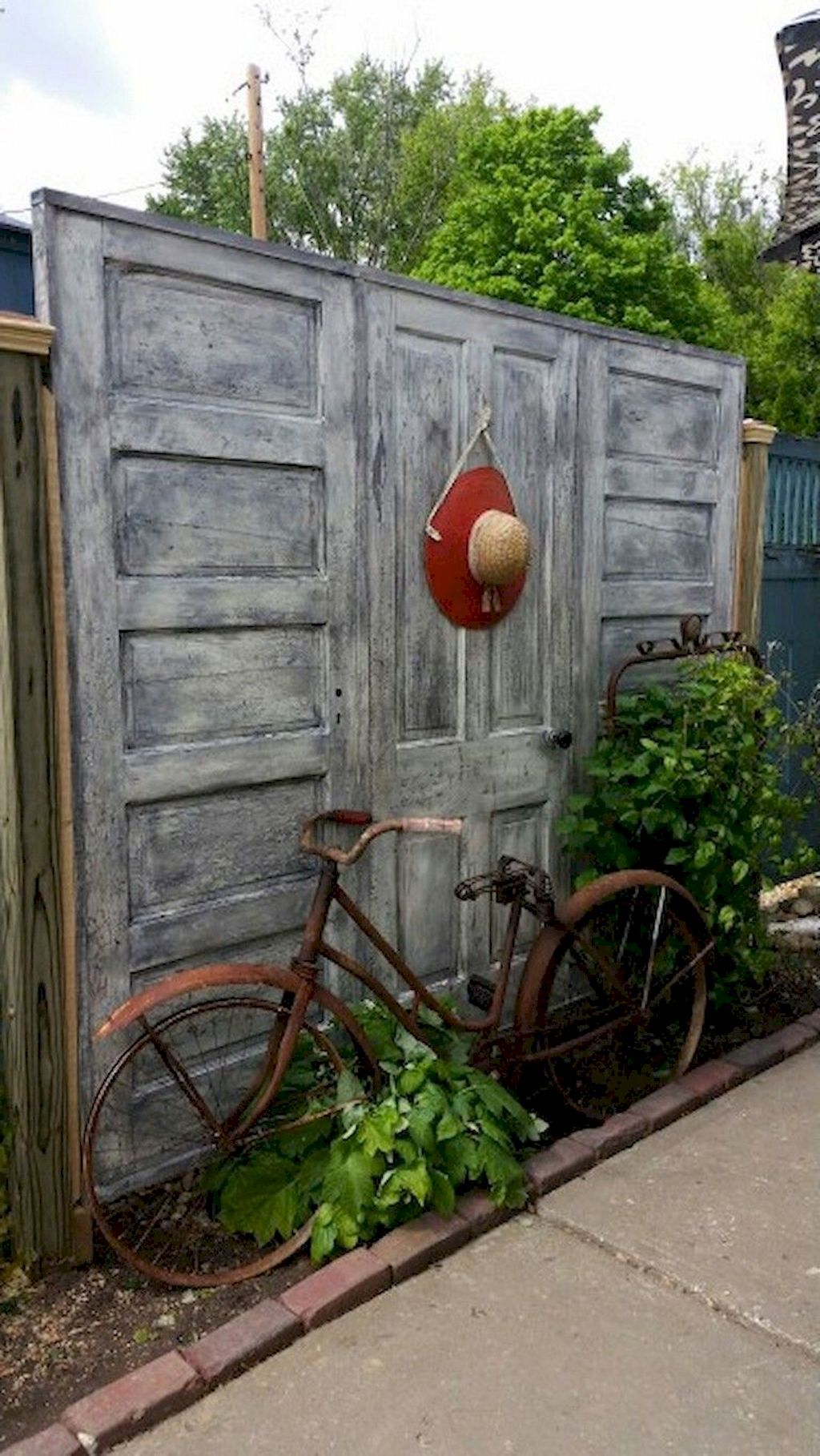 65 Inspired Backyard Privacy Fence Design Ideas | Privacy ... on Backyard Wooden Fence Decorating Ideas id=72601
