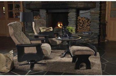 Odin svingstol chair sheepskin black truffle hyttemøbler norwegian design cabin lodge furniture lom møbler www.helsetmobler.no