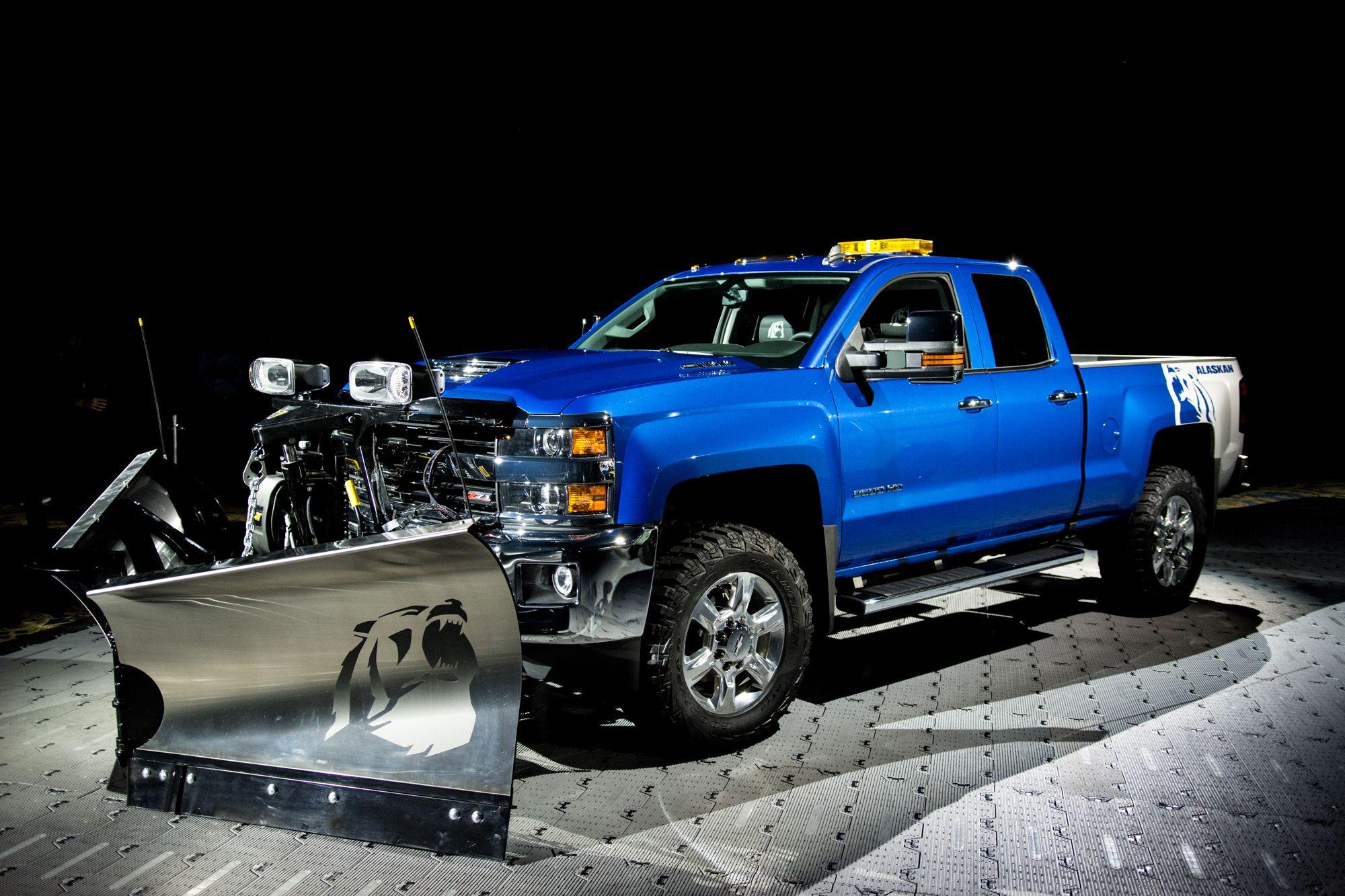 Chevy unveils grizzly of a truck Silverado 2500HD Alaskan