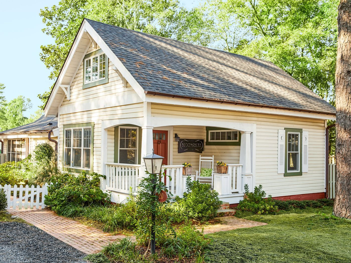 Cottage Charmer Small Cottage House Plans Small Cottage Homes Cottage Style Homes