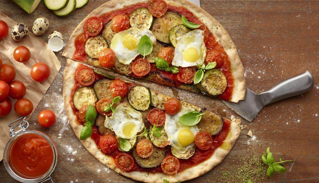 Pizza Con Verduras Y Huevo Sin Gluten Y Sin Lactosa Recetas Comida Rapida Verduras Nestle Cocina