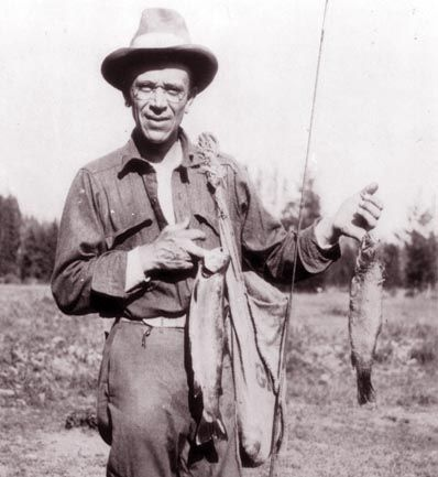 001 Aldo Leopold (1887 1948) American author, scientist
