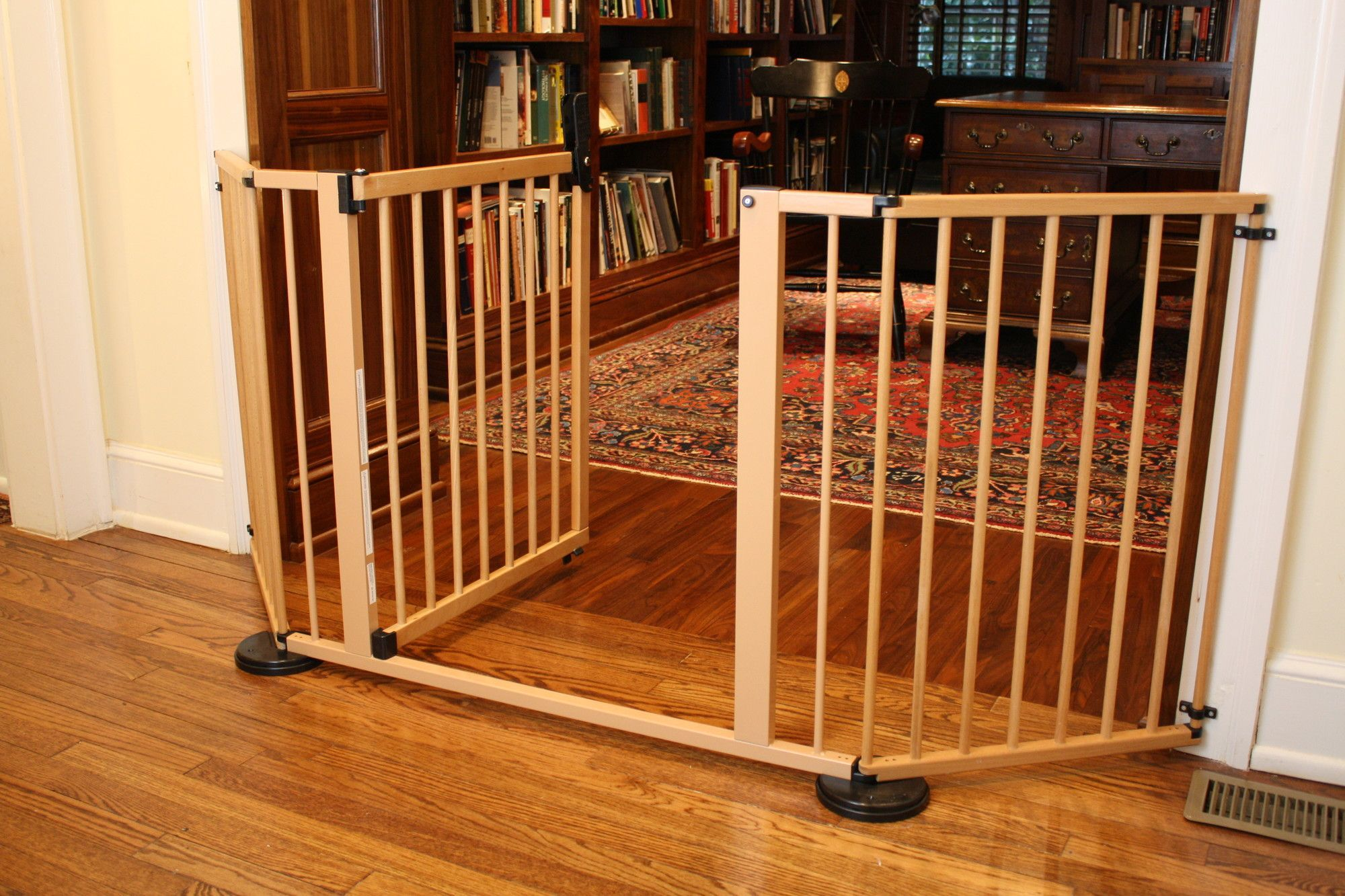 Versa Gate Baby gate for stairs, Baby gates, Stair gate