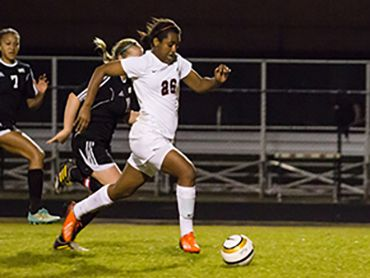 Girls Soccer Lady Highlanders Roll In District Opener Girls Soccer Soccer Athletic Events