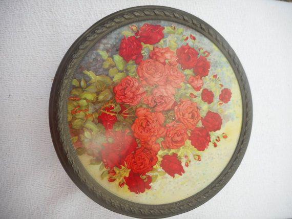 SCATOLA LATTA ANTICA – Container Made in Holland – soggetto rose rosse  Antica scatola di latta rotonda soggetto floreale (rose rosse) riconducibile