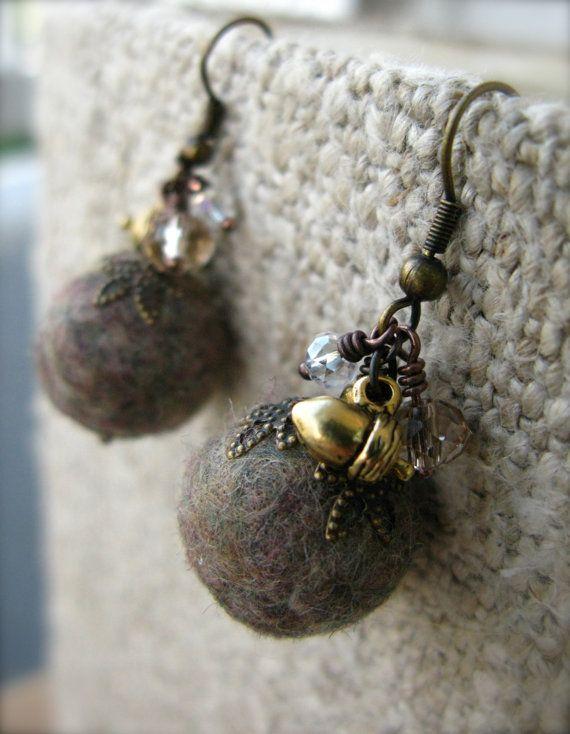 vcarolcreations rev felt earrings