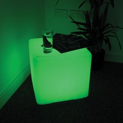 Exceptional Colour Change Outdoor Cube