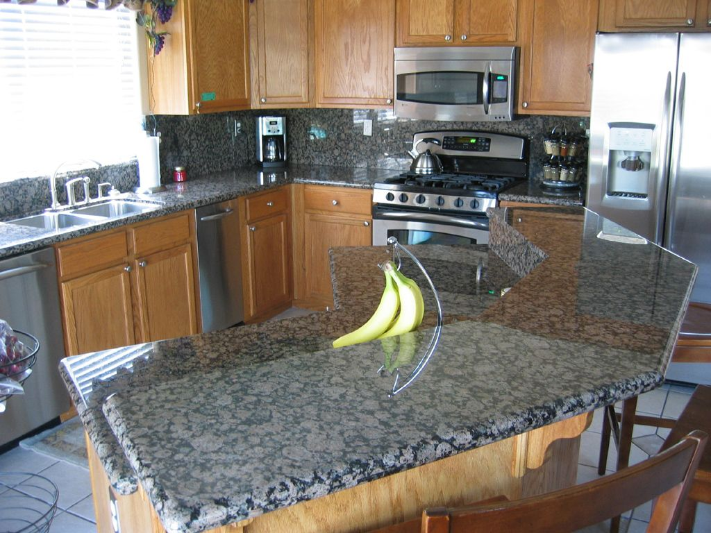 Dark Blue Countertops Following Are Some Pictures Of Kitchens We Have Completed Dengan Gambar