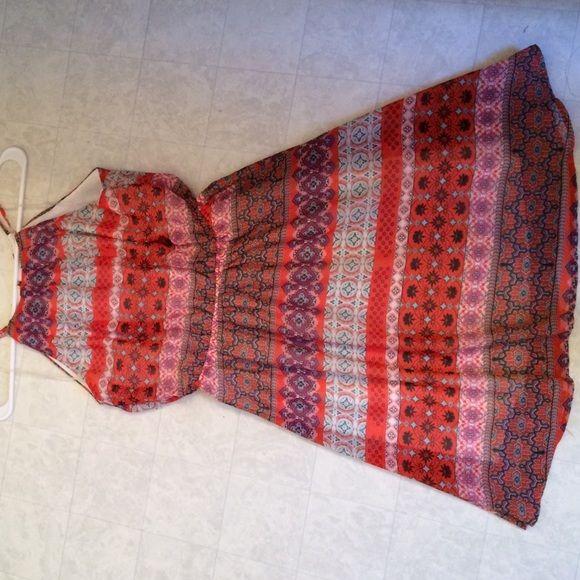halter style paisley print dress halter style paisley print dress from rue 21 size M very cute NWT Rue 21 Dresses