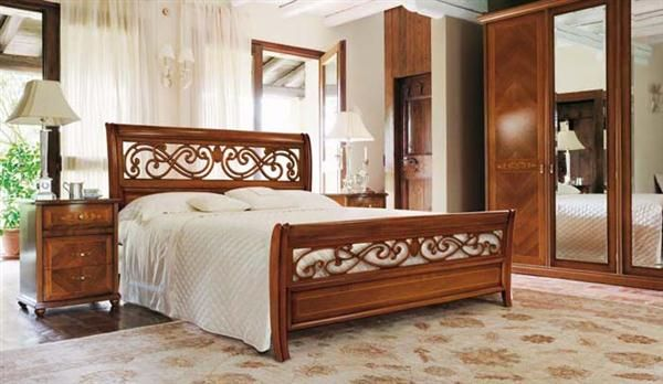 Pin By Andrea Rm On Camas In 2019 Wood Bed Design Italian Bedroom Furniture