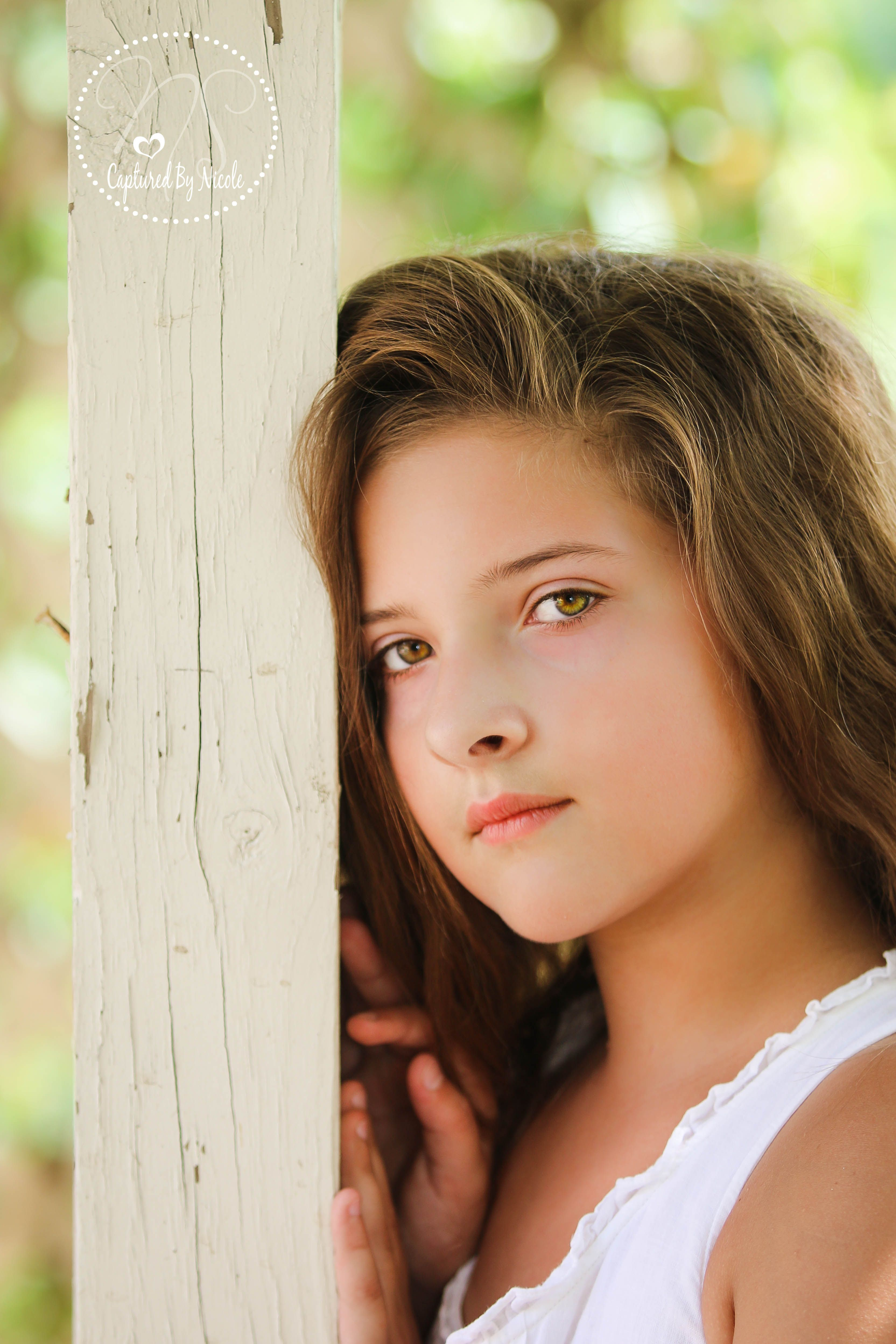 Pre Teen Model Gallery: Pre Teen Photos Love This Pose, Love Her Eyes Photo By