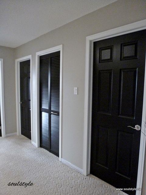 Black interior doors 3 and benjamin moore revere pewter for Interior paint ideas dark trim
